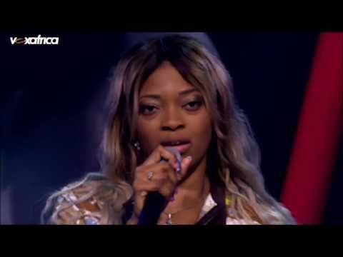 Nadia chante