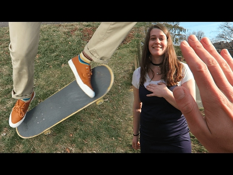 GIRLFRIEND LEARNS OLLIE IN ONE DAY!