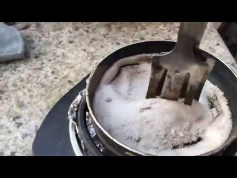 Melting Potassium Nitrate