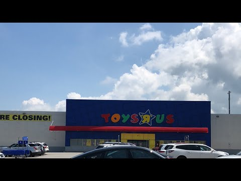 Toys R Us Closing (Erie Pa)