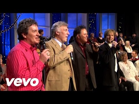 Bill & Gloria Gaither - Look Who Just Checked In [Live]