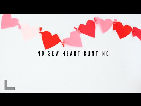 DIY Valentine's Day No Sew Heart Bunting :: Rubyellen Bratcher of CAKIES