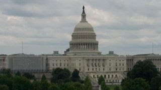 Congressional leaders battle over tax reform