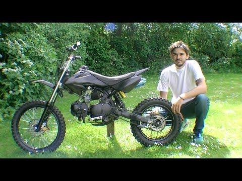 KXD 607 Dirt bike - Riding around