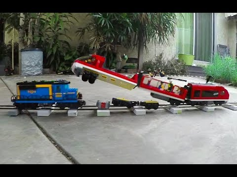 Lego train crash test