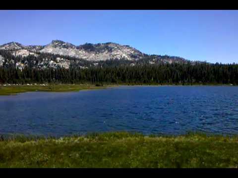 Hiking Sierra Mntns Dinkey lake.