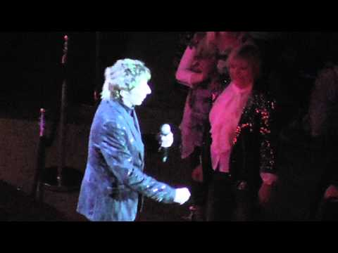 #5 Barry Manilow Docklands O2 concert 07 / 05 / 2011