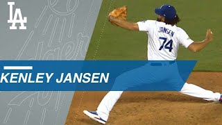 NLCS Gm1: Jansen fans four to pick up four-out save