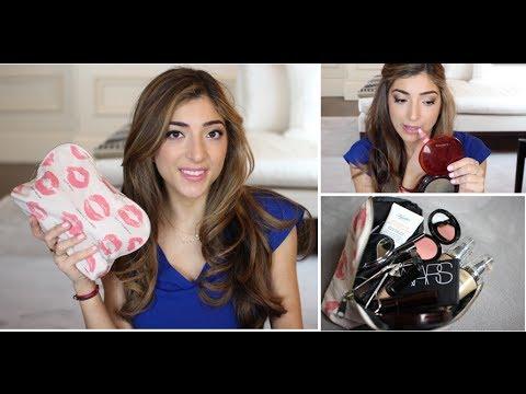 What's In My Makeup Bag + Tutorial | Amelia Liana