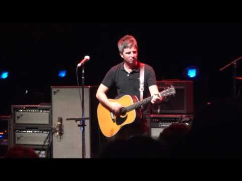 Noel Gallagher - DR Koncerthuset - Aug. 11, 2016 - Fade Away - Part 3 of 9