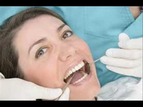 Tips to Help Keep Removable Dentures Clean