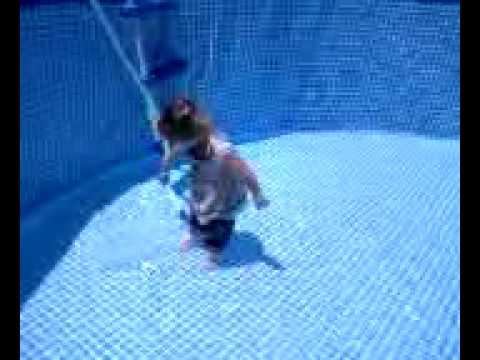 Averi Filling Pool with Hose