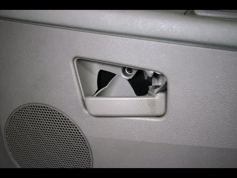 How To Replace the Door Handle On the Jeep Cherokee