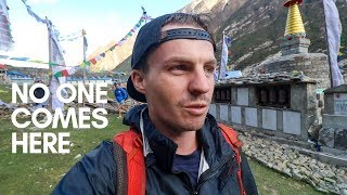 Download Trekking in Nepal's Earthquake Disaster Zone Video