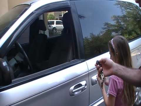How to unlock a car door with a tennis ball mythbuster