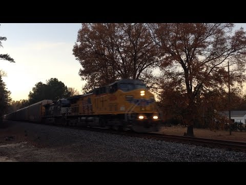 NS 28T heads through Jenkinsville and Columbia, SC w/ UP power in the lead
