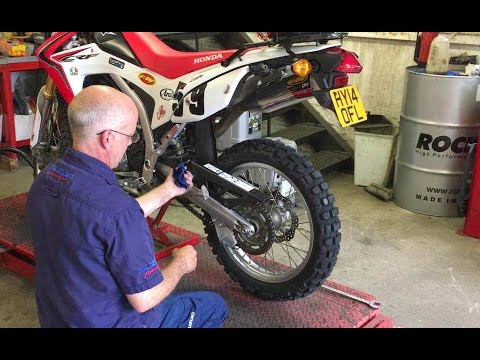 How to replace a motorbike tyre - Honda CRF 250L