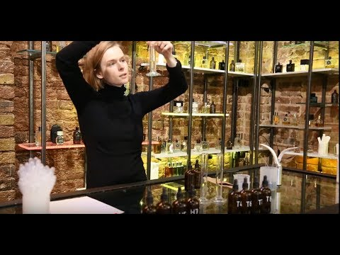Bespoke perfume. How to mix your own at Bloom Lab.