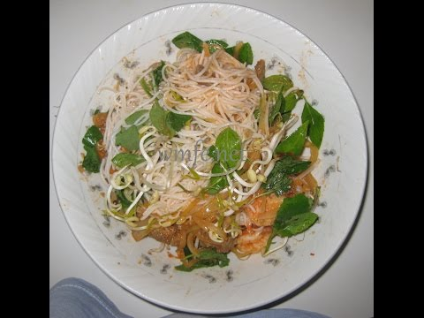 Rice Vermicelli Noodles with Stir-Fried Beefs & Shrimps - BUN THIT TOM XAO