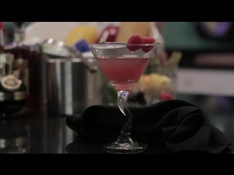How to Make a Grey Goose Martini With Chambord & Lime : Specialty Beverage Creations