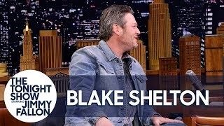 Blake Shelton and Kelly Clarkson Made Adam Levine Cry on New Year