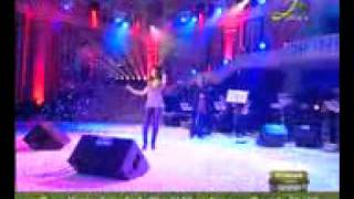 #x202b;ميريام فارس وجاذبيتها في الحفلة#x202c;lrm;