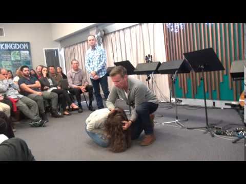 Demonic spirits cast out and pain leaves - John Mellor Australian Healing Ministry