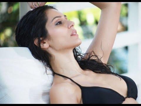 Xxx Mp4 'Grand Masti' Babe Bruna Abdullah 39 S Topless Stint Goes Viral 3gp Sex