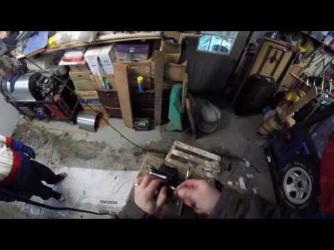 How to fix a garage door opener