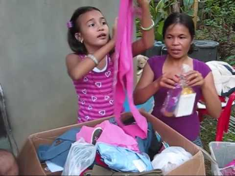 A Balik Bayan Box From Bruce Marie and Kayla An Expat Philippines Lifestyle Top 10 2016 Video
