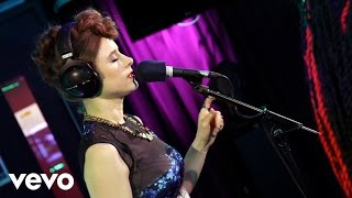 Kiesza - La La La (Naughty Boy ft Sam Smith cover in the Live Lounge)