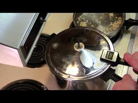 15 Min Pressure Cooker Chicken Potatoes Carrots & Gravy Recipe