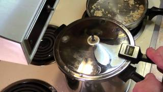 15 Min Pressure Cooker Chicken Potatoes Carrots Gravy Recipe