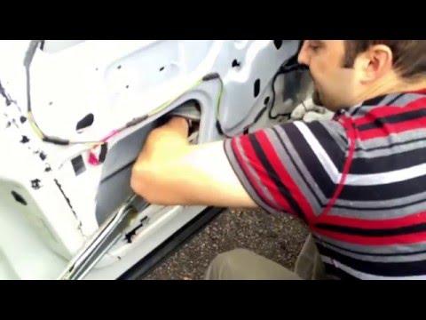 2006 Dodge Ram Mega cab window motor and regulator removal and install