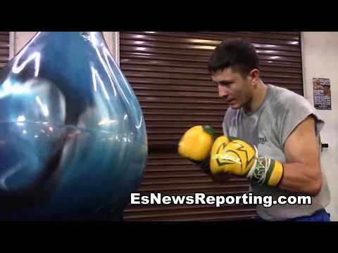 working a water punching bag at mayweather  boxing club EsNews