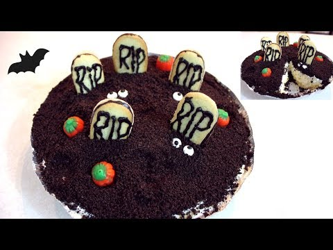 No Bake Oreo Dirt Cheesecake (Dirt Cake): Halloween Recipe