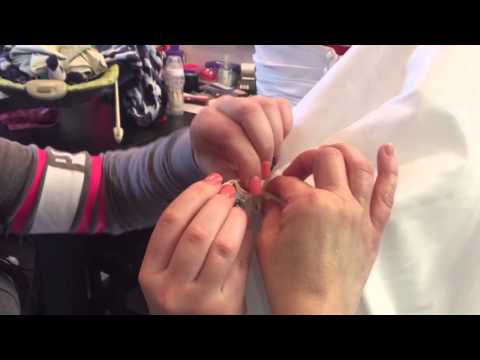 Steph's Stiches - How to bustle