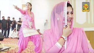 सपना ने बॉलीवुड गाने पर धमाल सपना ने कर दिए सनी लियॉन के स्टंट भी फ़ैल || Sapna First Bollywood Song