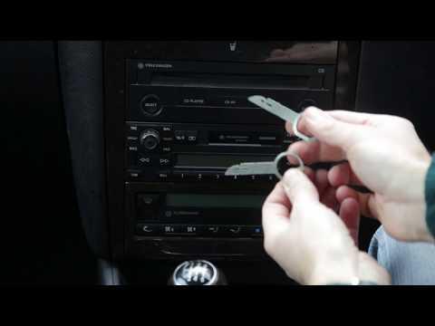 How to Remove VW Gamma Radio/CD player (Golf/Bora/Jetta/Polo)