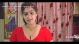 Super hot saree seen by babilona flv   YouTube1