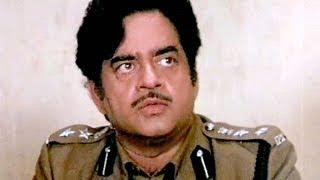 Shatrughan Sinha, Chunky, Moushumi, Dharmendra, Aag Hi Aag - Scene 14/18