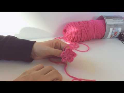 How To: Crochet a flower; crochet a daisy, forget-me-not