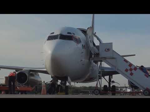 Boeing 737-200 Flight in the Cockpit (Part 1/2) - Regional Cargo