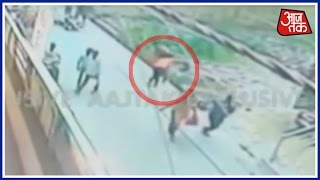 22 Year Old Girl Stabbed To Death In Labour Chowk, Delhi