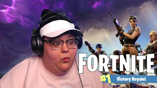 PLAYING FORTNITE FOR THE FIRST TIME
