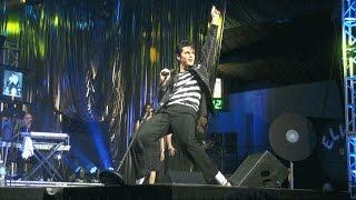 Dean Z at the Collingwood Elvis Festival