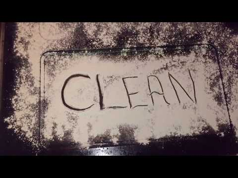 HOW TO CLEAN AN OVEN WITH VINEGAR AND BAKING SODA + 3 MORE OPTIONS!
