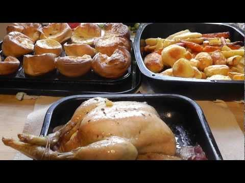 How to Make Christmas Dinner roast chicken potatoes yorkshire puddings