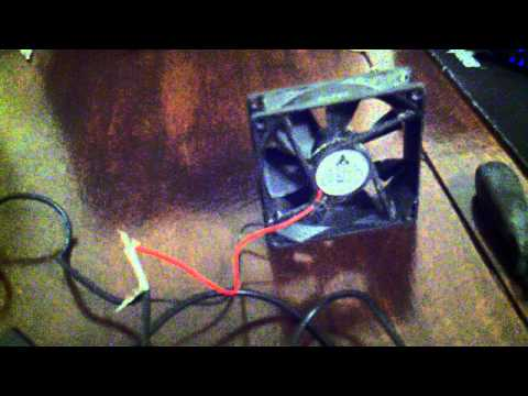 Powering two computer fans with an AC adapter
