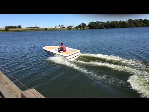 Fast Electric Boat